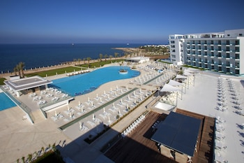Picture of King Evelthon Beach Hotel & Resort in Paphos