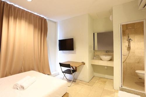 โรงแรมนิวทาวน์