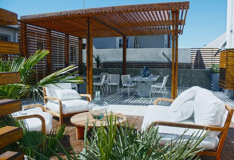 Swakopmund Luxury Suites, Swakopmund, Courtyard