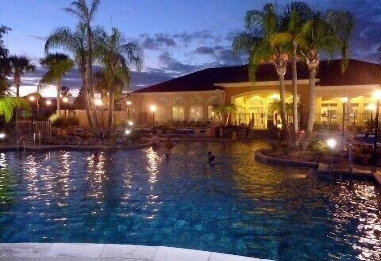 Villa Gianessa in the Terra Verde Resort, Kissimmee, Lauko baseinas