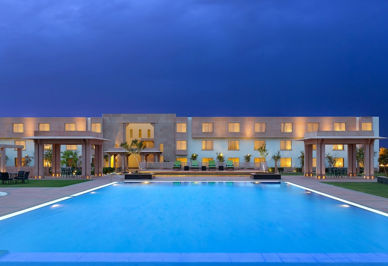 WelcomHotel Jodhpur- Member ITC's Hotel Group, Jodhpur, Piscine
