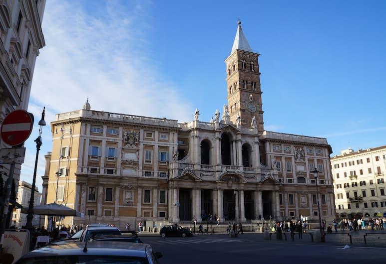 Casa dell'amicizia, Roma, Facciata hotel