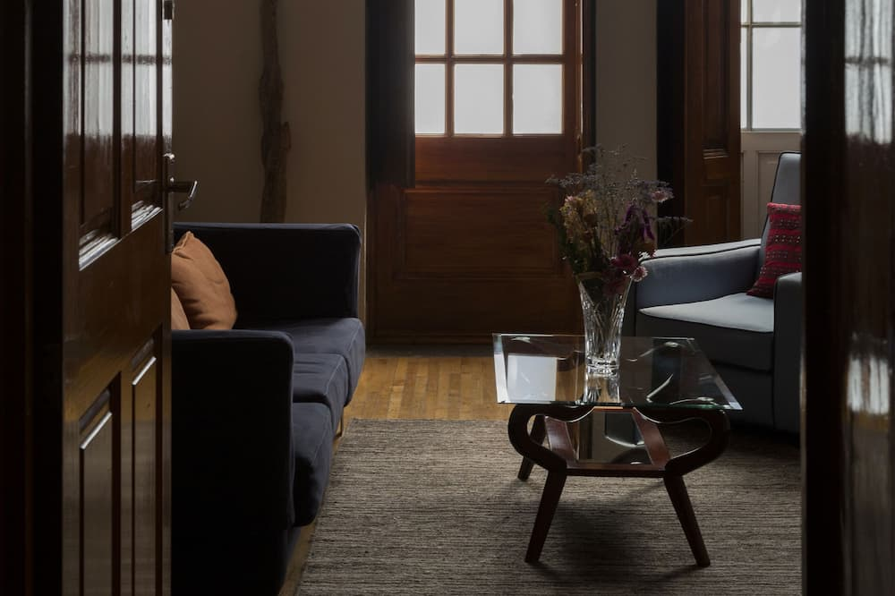 Suite (Courtyard view or City view) - Living Area
