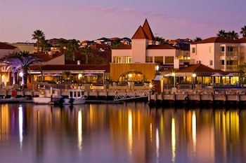 Picture of The Marina Hotel - Mindarie in Mindarie