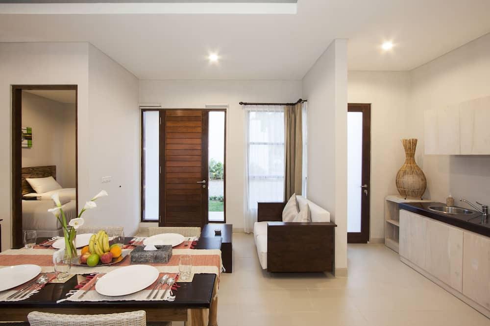 1 Bedroom Residence - In-Room Dining
