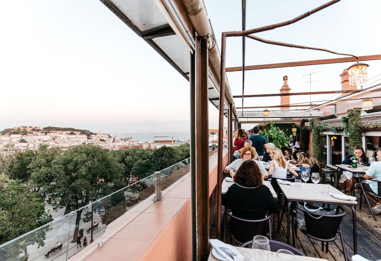 The Independente Suites & Terrace, Lisbon, Outdoor Dining