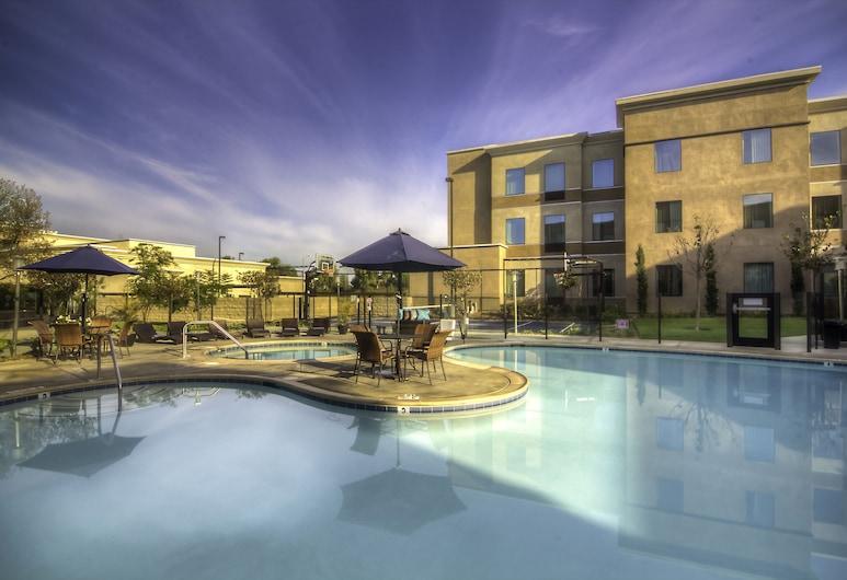 Staybridge Suites Carlsbad, Carlsbad, Lauko baseinas