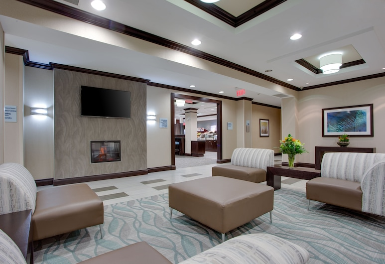 Holiday Inn Express & Suites Ottawa East - Orleans, ออตตาวา, ล็อบบี้
