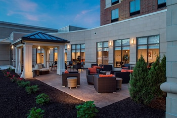 Picture of Hilton Garden Inn Akron in Akron