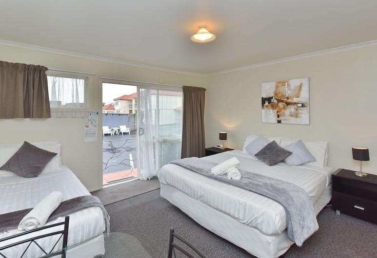 Northcote Motor Lodge, Christchurch, Standard Triple Room, Guest Room