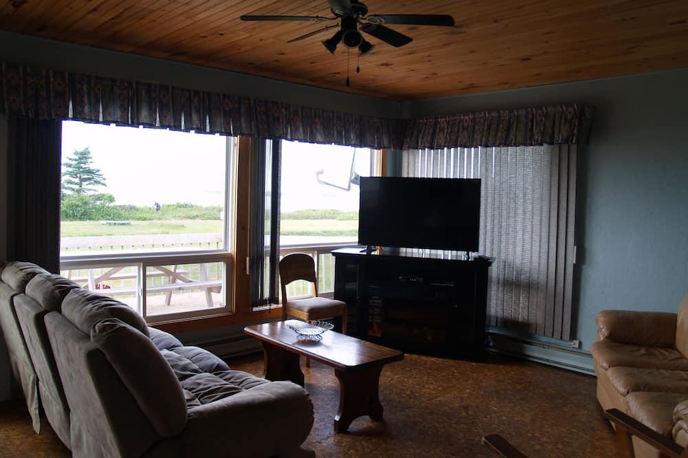 Rekreační domek, 3 ložnice, výhled na oceán - Obývací pokoj
