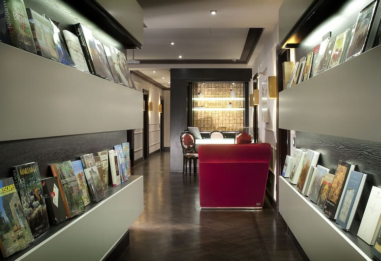 Be-One Art and Luxury Home, Florence, Resepsionis
