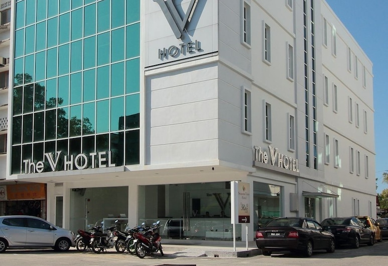 The V Hotel, קוואנטן