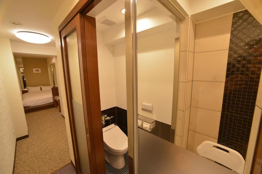 Двухместный номер с 1 двуспальной кроватью, для некурящих, пристройка (LCH 2nd, No Amenities) - Ванная комната