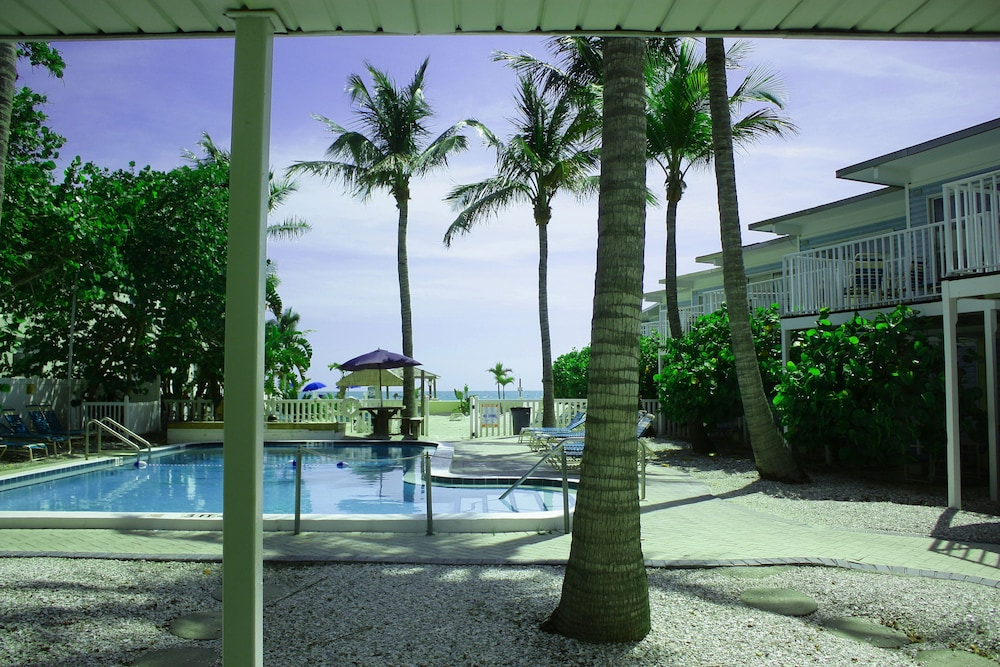 Coquina On The Beach Sarasota Suite 1 Bedroom Pool View Outdoor
