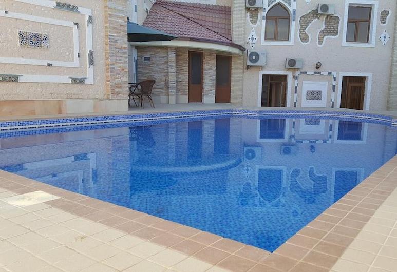 艾米爾罕飯店, 撒馬爾罕, 室外游泳池