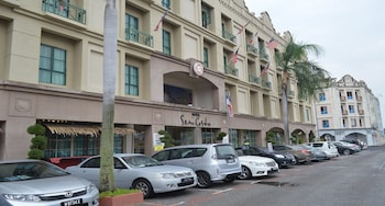 Picture of Seri Costa Hotel in Malacca