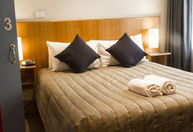 Central Hotel Hobart, Hobart, Queen Room, Guest Room
