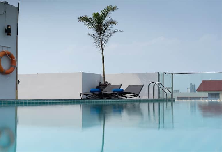 Travelodge Pattaya, Pattaya, Pool