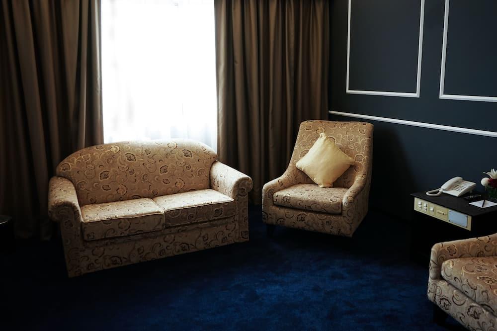 Studio Suite Junior, 1 Tempat Tidur King - Ruang Keluarga