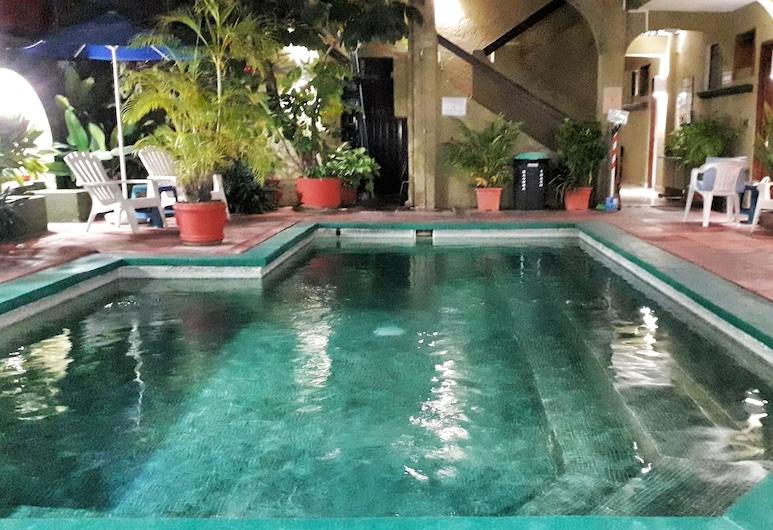 Hotel Solimar Inn Suites, Zihuatanejo, Piscina al aire libre