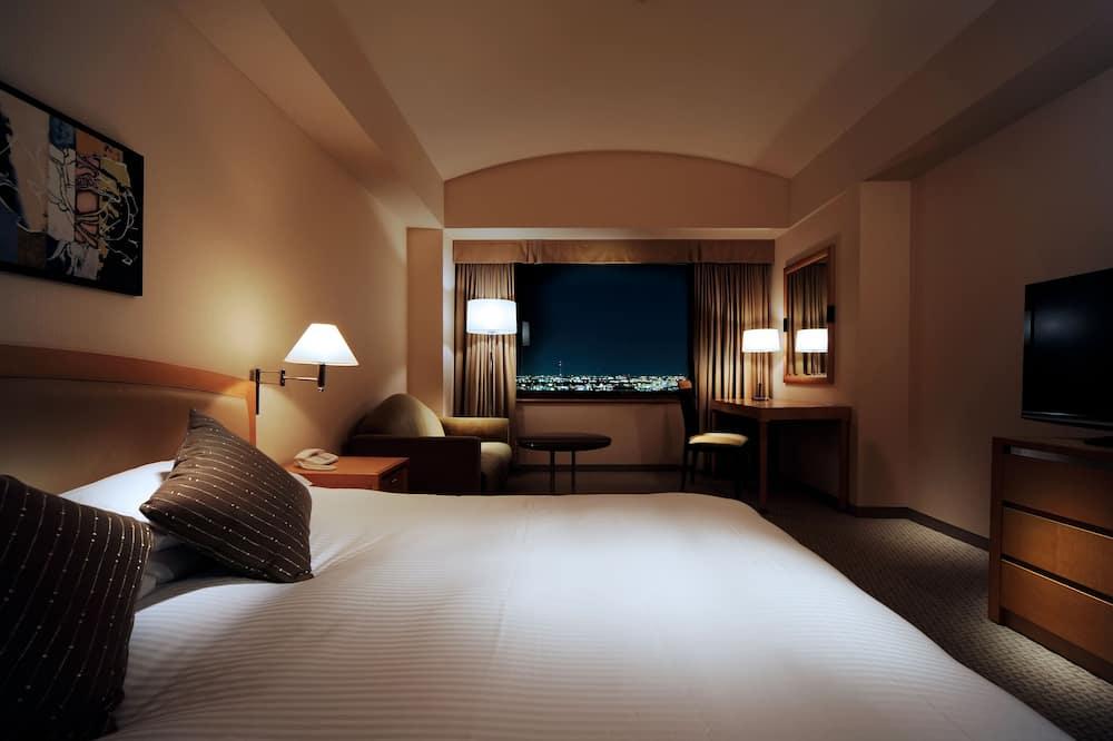 Deluxe Double Room, Smoking - Guest Room