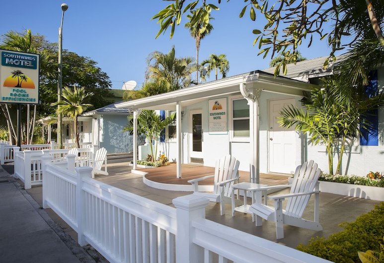 Southwinds Motel, Key West, Terrace/Patio