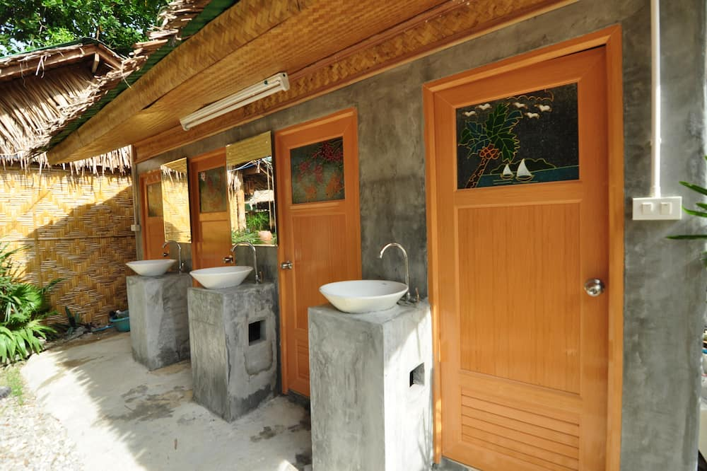Shared Dormitory (1 Adult Fan Only) - Bathroom