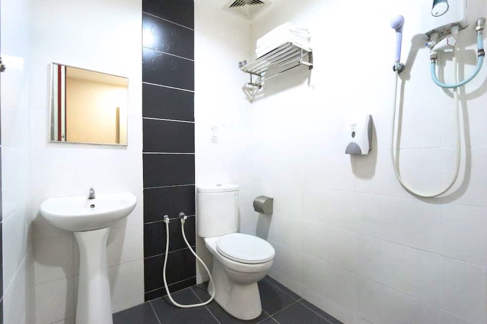 Einzelzimmer (Window) - Badezimmer
